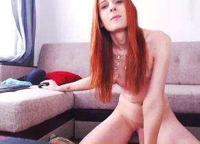 Red-haired Bombshell  Off Online