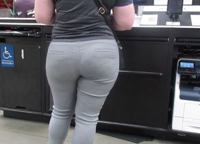I dream this yummy Phat bum white girl..
