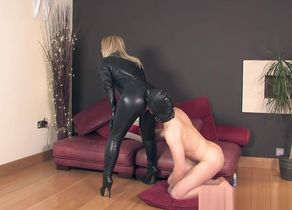 THEENGLISHMANSION - LEATHER CATSUIT Shag
