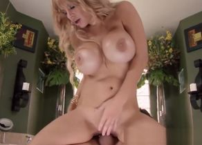 Buxom stepmom pussypounded in three