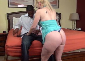 Mature submits to Ebony Schlong