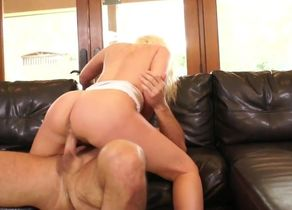 Smoking super-steamy blond fellates..