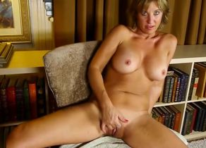 Stunning inborn wifes and moms need a..