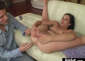 Amy starz impales herself on a fat..
