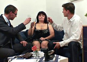 Huge-boobed mother drinks 2 pricks..