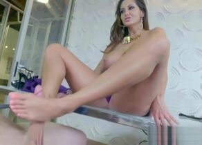 Unspoiled Cougar - WHAT A Nail