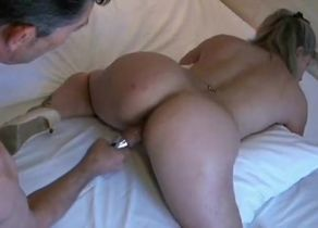 wonderfull Lisa knuckle and unload